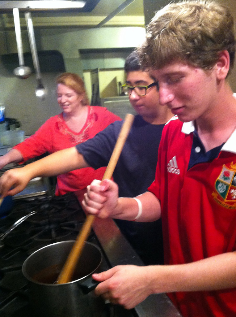 youth_shelter_cook-2